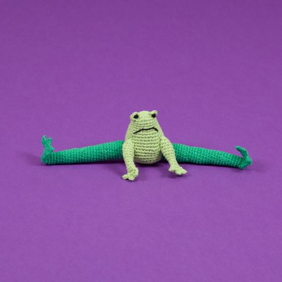 Peluche pour chien Grenouille en Crochet Fait Main & Fair Trade